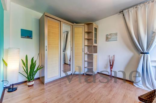 Traveller's Lux Apartment, Санкт-Петербург - квартира посуточно